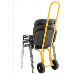 Diable pour chaises ultra léger en situation avec quelques chaises.