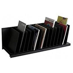 Trieur à cases inclinées pour le bureau noir.